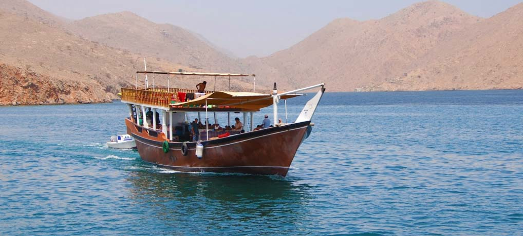 Half Day Dhow Cruise in Khasab